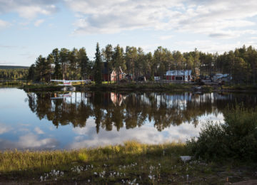 Jukkasjärvi sweden seaplane and houses